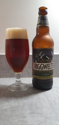 Riggwelter bottle and pour