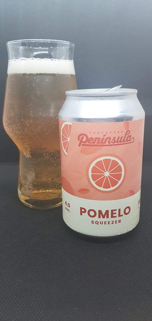 Pomelo Squeezer - Can and Pour